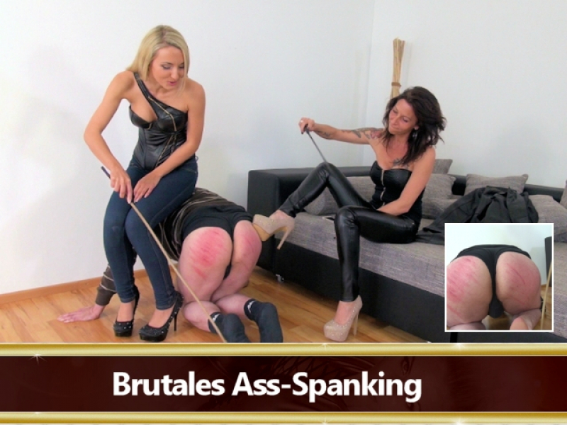 Brutales Ass-Spanking