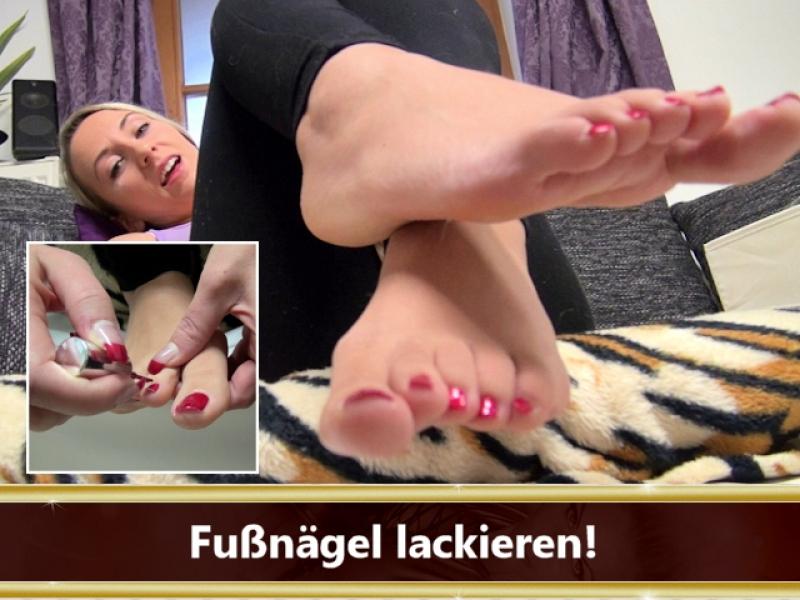 Fußnägel lackieren!