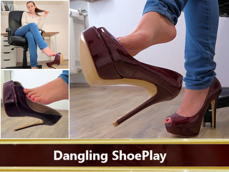 Dangling ShoePlay