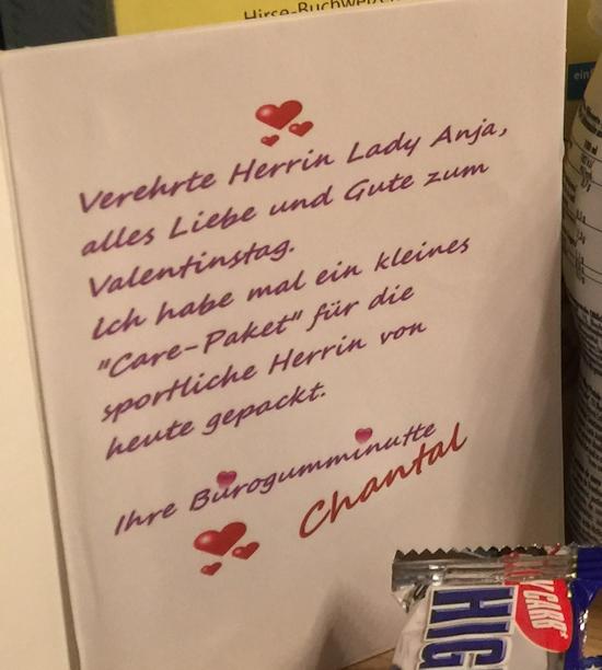 Valentinstags-Geschenk-Paket meiner Bürogumminutte Chantal