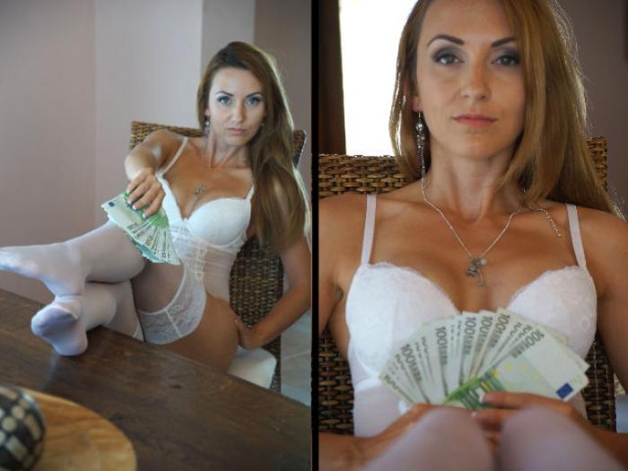 Lingerie Money Posing