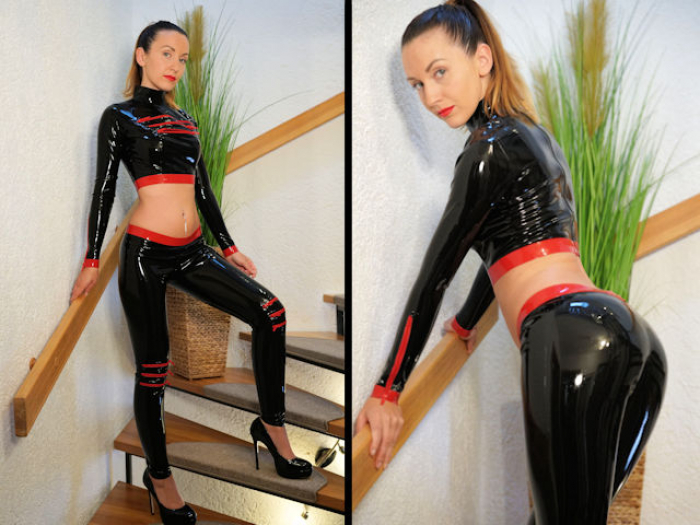 Lady Anja in Latex Leggings