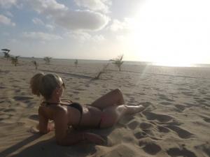 Urlaubseinblicke: Die Bikini Göttin auf Boa Vista