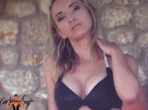 Loserporn: Summer Bikini Brainfuck