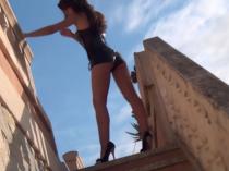 Sexy Heels-Walk